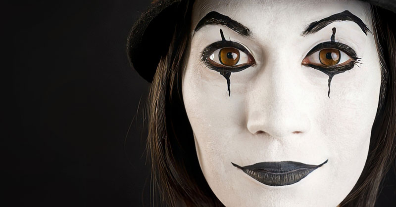 female mime artist