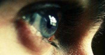 closeup of eye to show the concept of staying focused