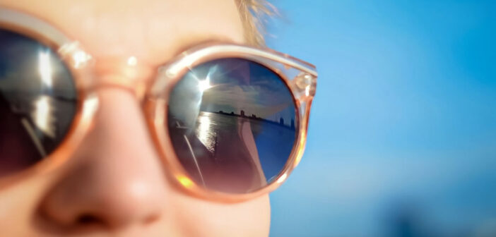 woman in sunglasses who wants to change the world for the better