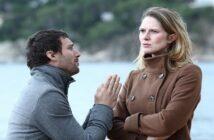 man begging woman to forgive him
