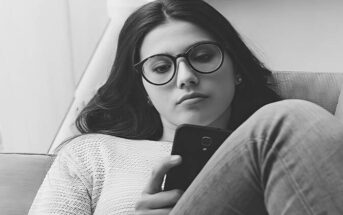 young woman texting guy to say she is not interested